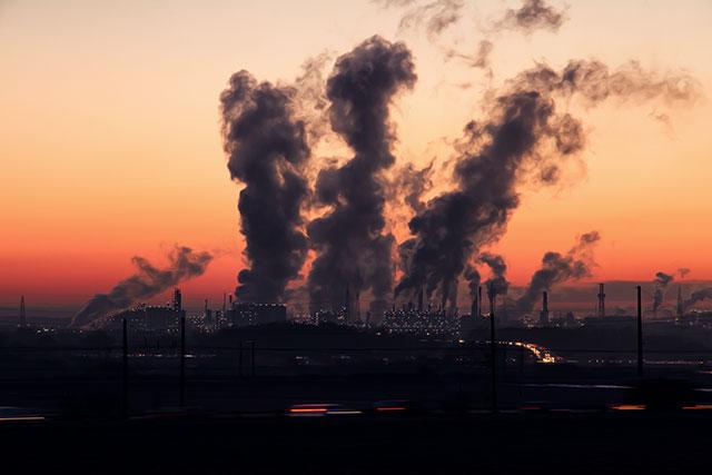 大気汚染が与える肌への影響について①